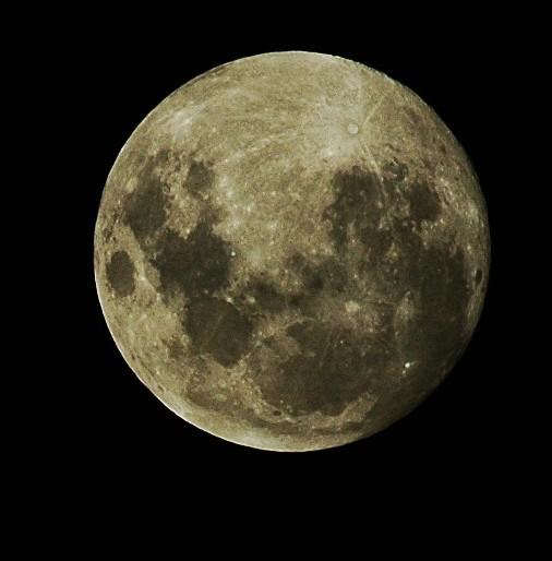 Moon in Australia